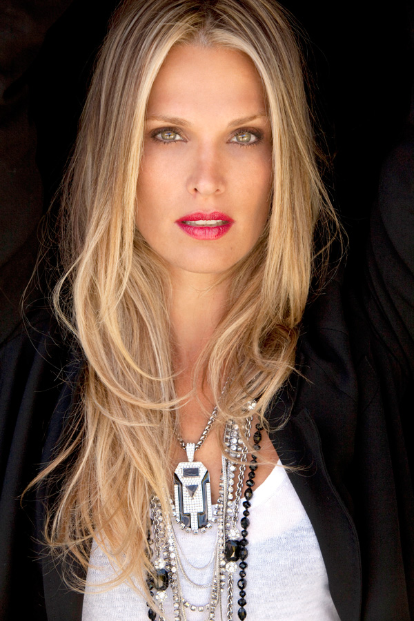 Molly Sims necklace
