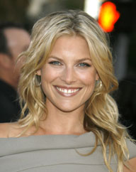 Ali larter teams up with dove haircare makeup and beauty blog