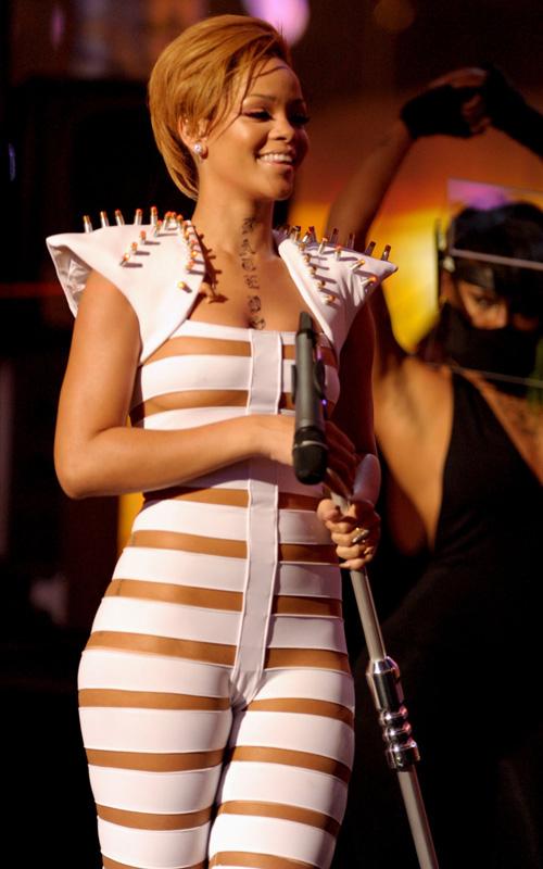 Are Rihanna camel toe