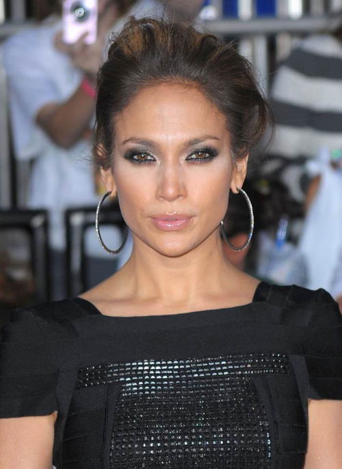 Here is how you can get Jennifer Lopez aka JLO's look for less with ...