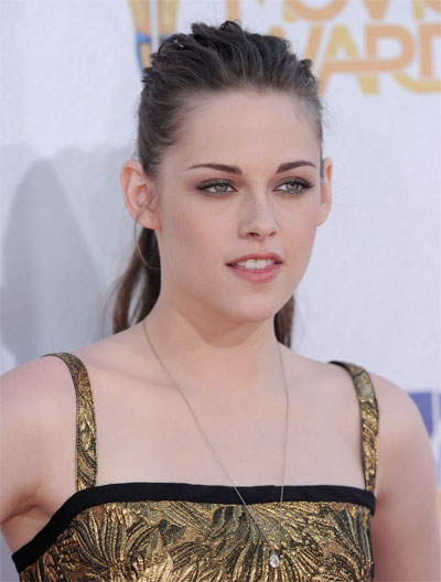 How to get Kristen Stewart's hair at MTV Movie Awards 2010: Hair Tutorial