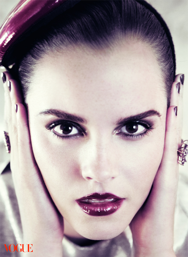 emma watson vogue 2011 photoshoot. Emma Watson VOGUE Cover July