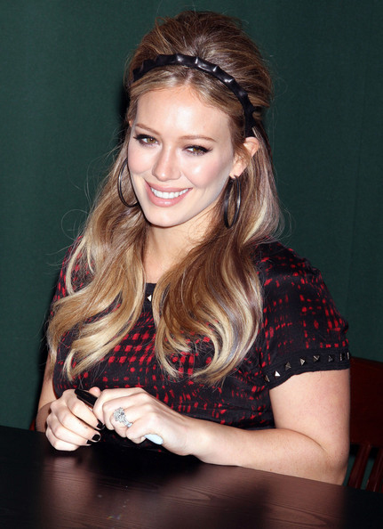 2be761e1dc Hilary Duff s Hair At The New York Signing of Her New Book Devoted
