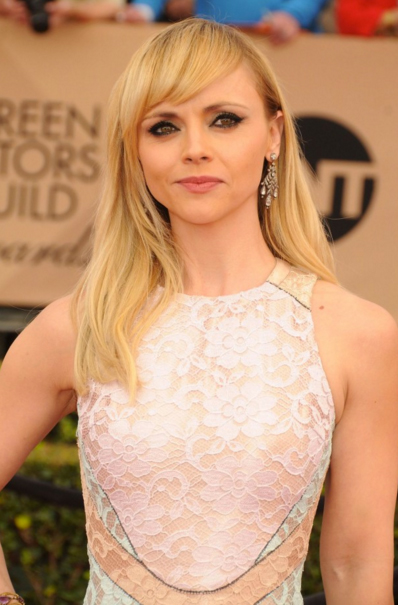 Christina Ricci SAG Awards 2016 - Makeup and Beauty blog ...