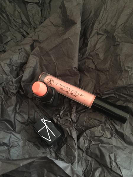 Anastasia Beverly Hills Liquid Lipstick in Dainty and NARS matte lipstick in Breaking Free.