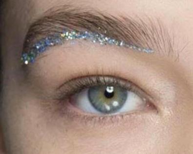 Pair Manic Panic Eyelash Adhesive and Glam Dust